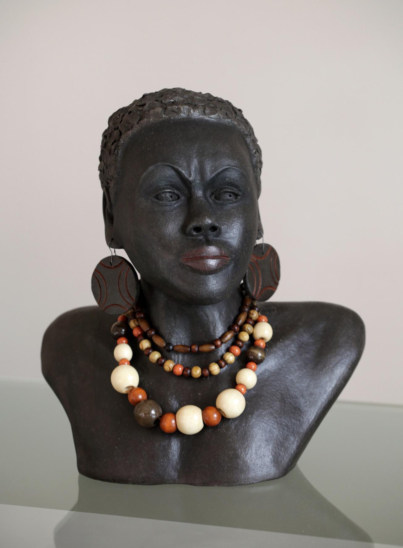 Femme Surma (Ethiopie)