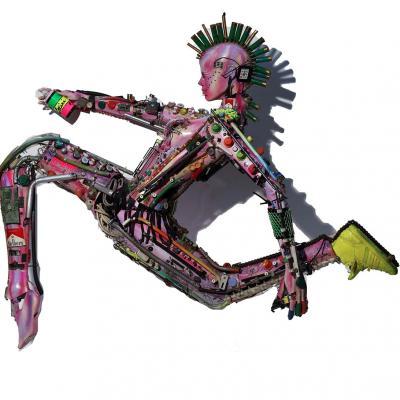 Cybergraffeur sculpture taille humaine 120 h x 190 cm