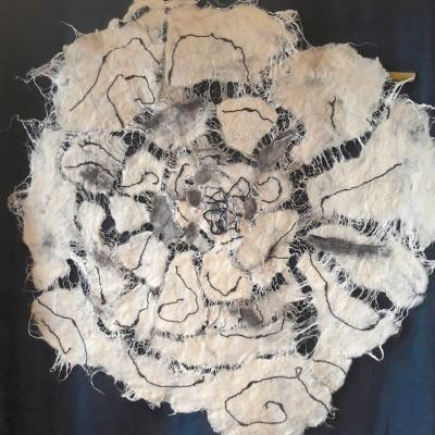 Nuances de fleurs en laine merinos et lin 2